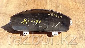 Приборная панель Mazda Demio 1996-2002
