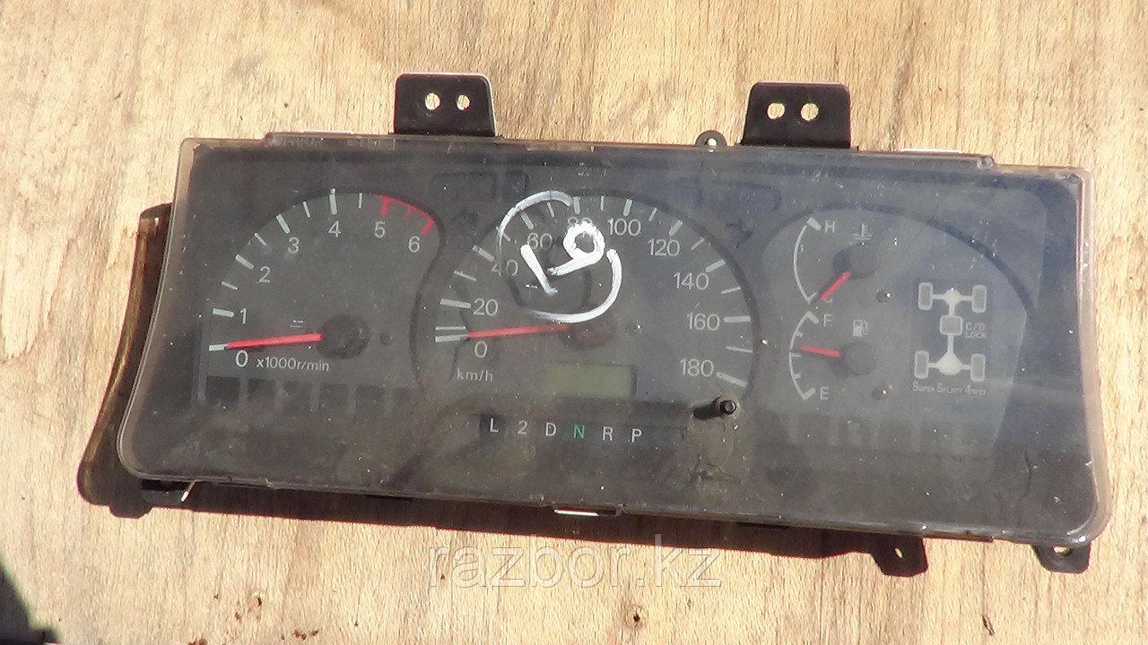 Приборная панель Mitsubishi Delica 1994-1997 PD8W