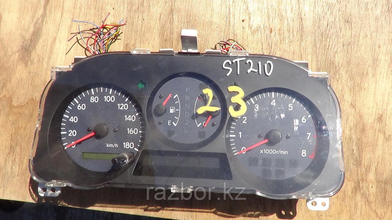 Приборная панель Toyota Caldina (ST210)