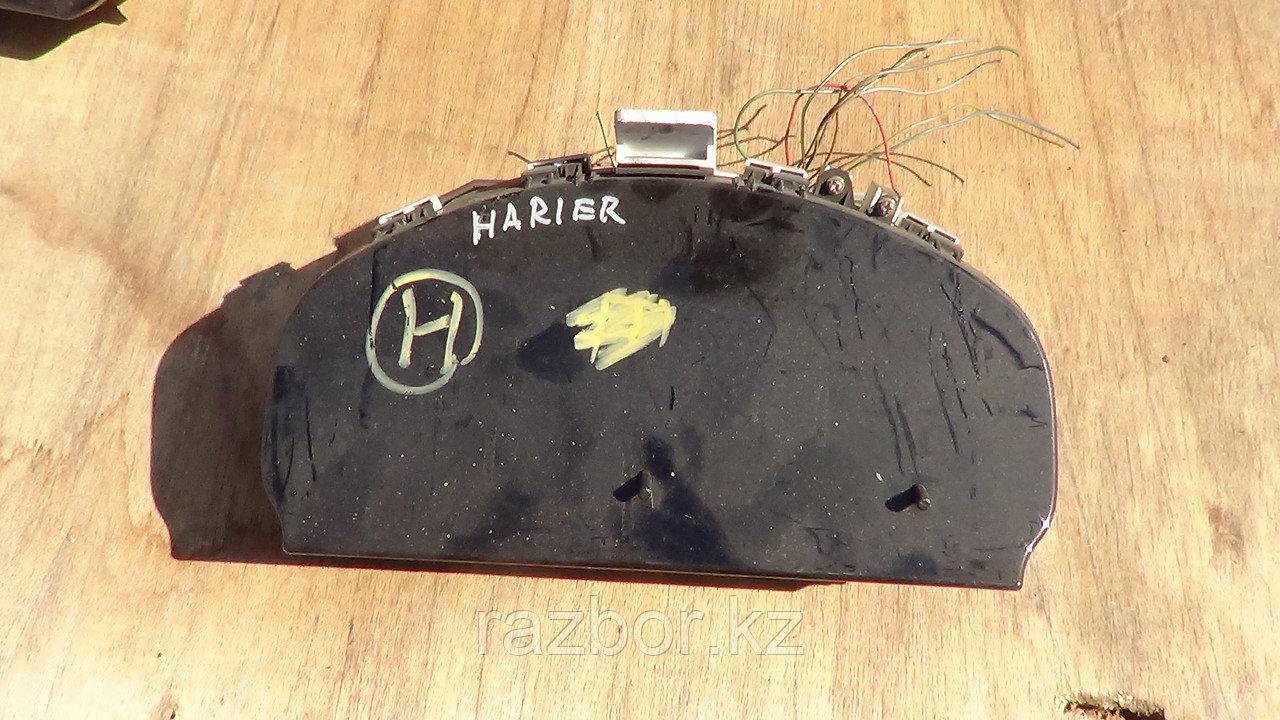 Приборная панель Toyota Harrier 1997-2000