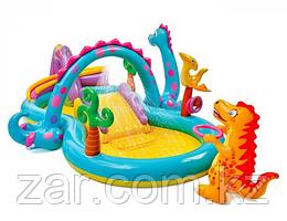 Надувной игровой центр Intex 57135  Диноленд с горкой и надувными игрушками 333х229х112 см, от 2 лет