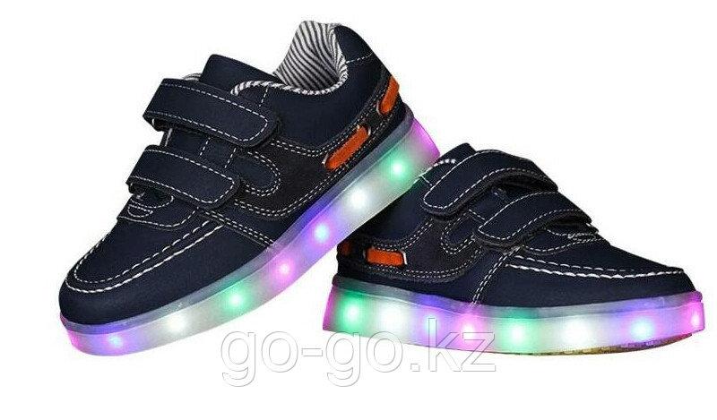 LED Кроссовки детские со светящейся подошвой, классические синие, низкие - фото 2