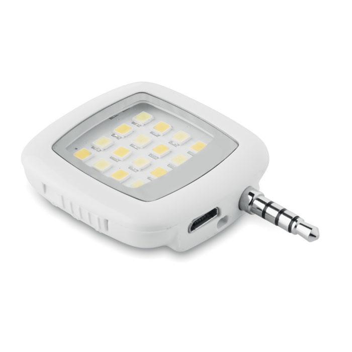 LED вспышка на смартфон