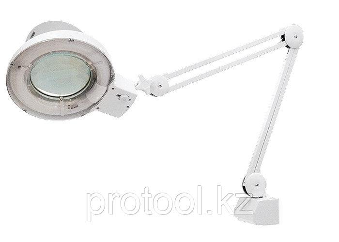 Лупа с подсветкой 3-х кратная, D 125 мм, со струбцинным креплением к столу//MATRIX