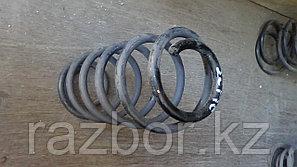 Пружины задние Toyota Vitz