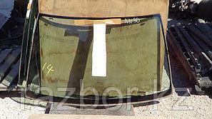 Лобовое стекло Nissan R'nessa NN30