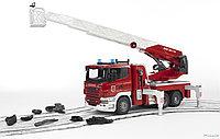 Пожарная машина Scania с выдвижной лестницей и помпой с модулем со световыми и звуковыми эффектами, фото 1