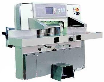 Гидравлическая бумагорезальная машина SHENWEIDA SQZK-780
