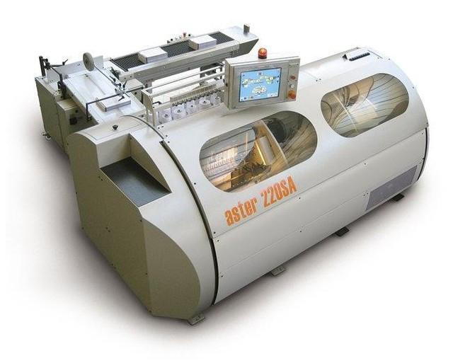 Ниткошвейная машина Aster 220 SA (Италия)