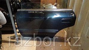 Дверь левая задняя Toyota Chaser (100)
