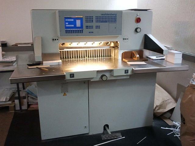 Бумагороезальная машина Wohlenberg 76 CutTech 2000 год