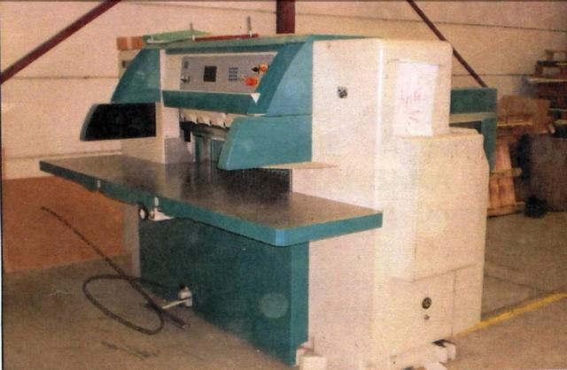Бумагороезальная машина PERFECTA 115 UC 2008 год