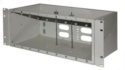 ШКО-С-4U Пустая коробка в комплекте с клипсой-заклепкой (18шт) и пл хомутом (2шт)