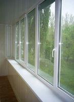 Установка балконных витражей