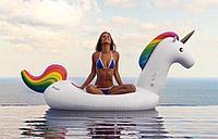 Надувной единорог для пляжного отдыха