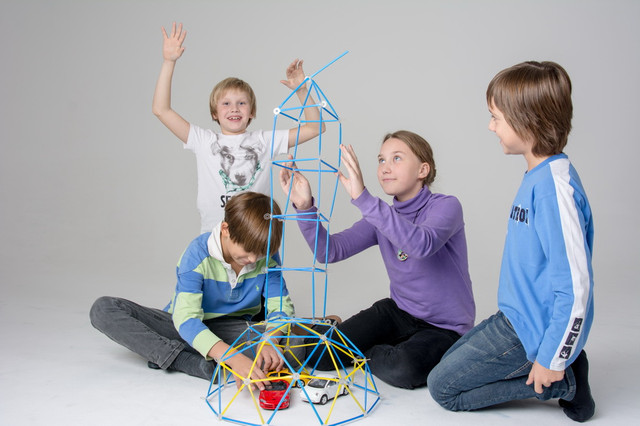 Детские игрушки для мальчиков и девочек