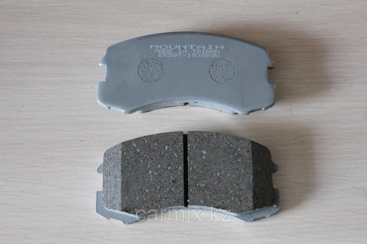 Тормозные колодки передние LANCER 9 CS1A