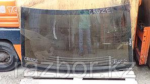 Заднее стекло Chevrolet Cruze