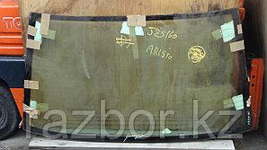 Заднее стекло Toyota Aristo JZS 160