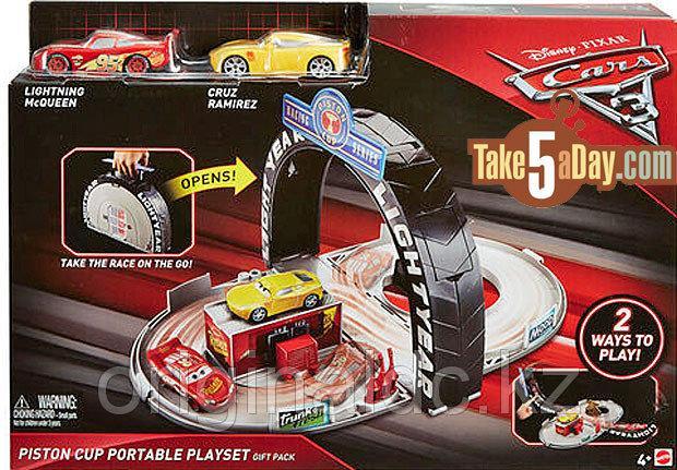 """Игровой набор Тачки (Cars) «Трек» от """"Mattel"""""""