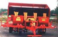 Картофелесажалка Л-207