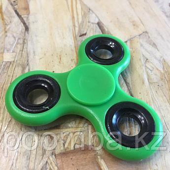 Пластиковый спиннер для рук зеленый