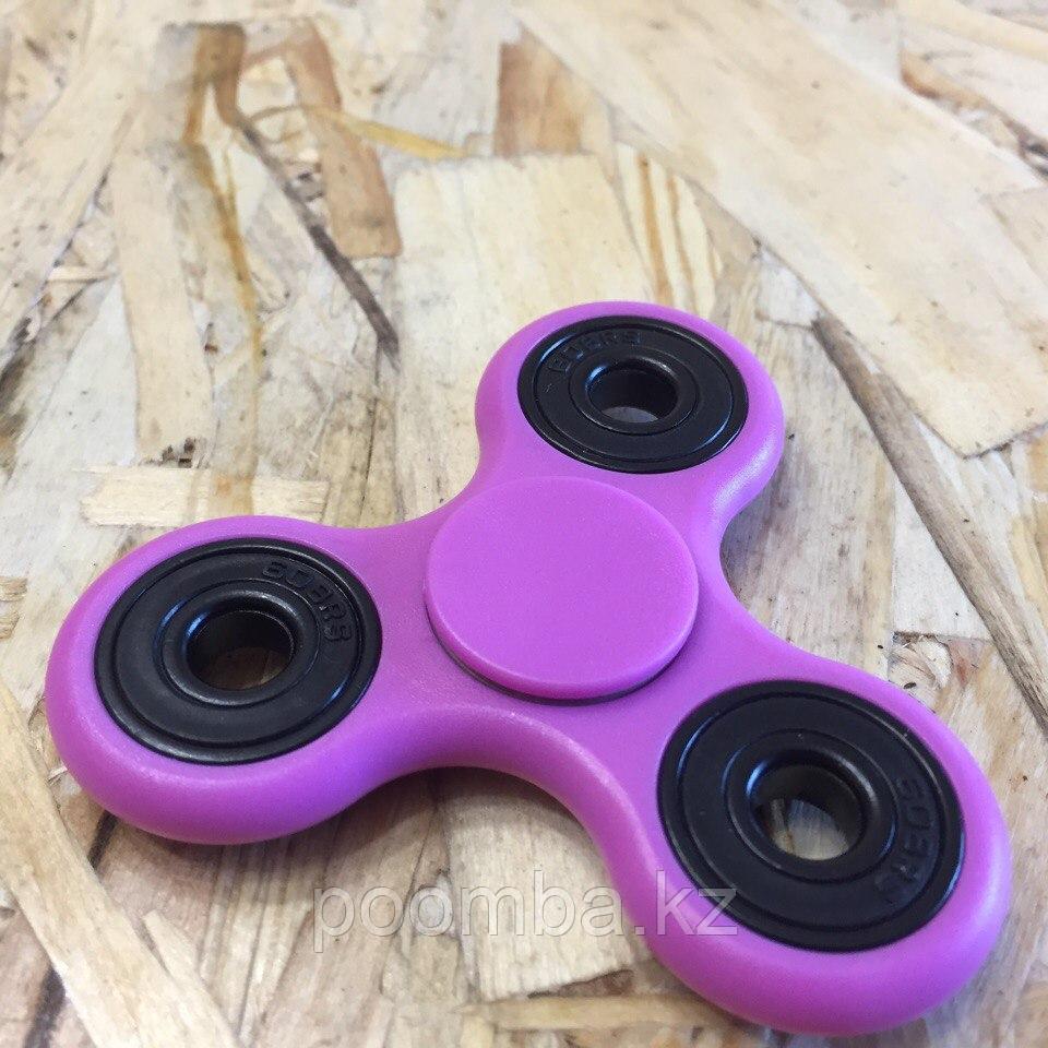 Пластиковый спиннер для рук фиолетовый