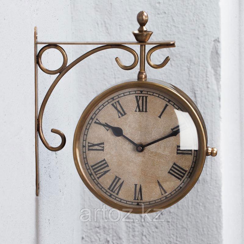 Настенные часы на кронштейне  Clock With Hanging