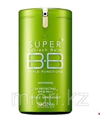 Тональный ВВ крем Skin 79 Super Plus Beblesh Balm Triple Functions(Green) SPF30 PA++