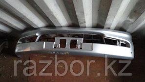 Передний бампер Toyota Ipsum