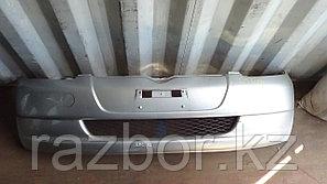 Передний бампер Toyota Vitz