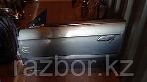 Дверь левая передняя Subaru Legacy B4 / Legacy Lancaster (BH9)