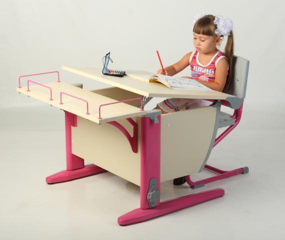 Школьные парты и столы