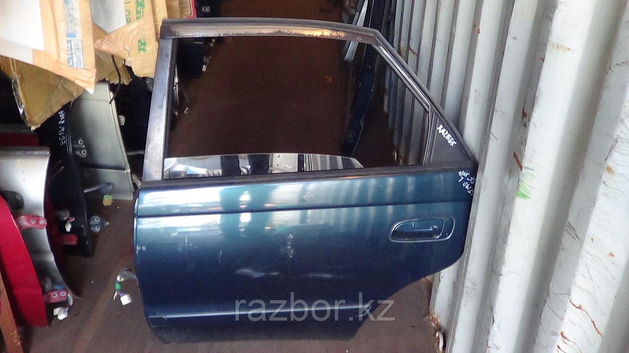 Дверь левая задняя Toyota Corona