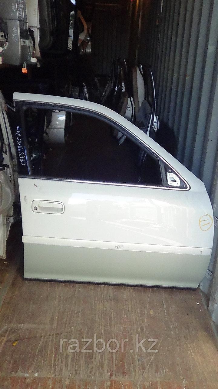 Дверь правая передняя Toyota Cresta (100)