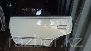 Дверь левая задняя Toyota Mark II (100)