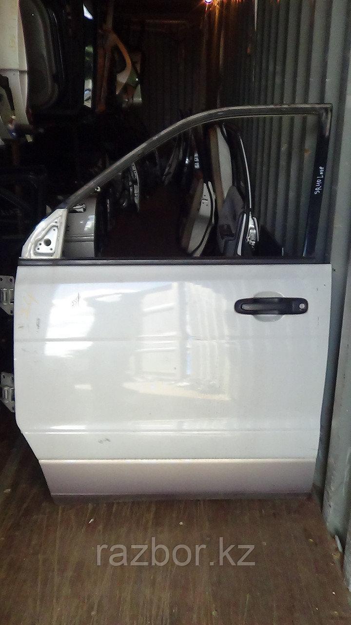 Дверь левая передняя Toyota Noah
