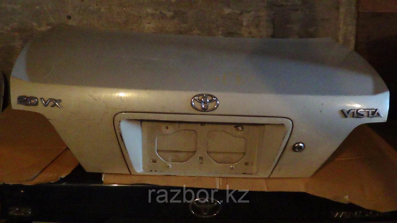 Крышка багажника Toyota Vista