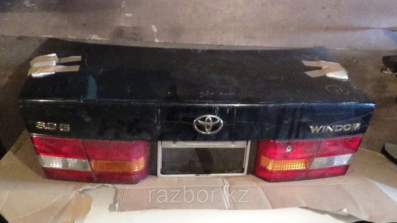 Крышка багажника Toyota Windom / Lexus ES (20)