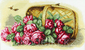 """Набор для вышивания крестом """"Корзина роз"""""""