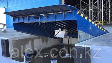 Перегрузочная платформа PromStahl c поворотной аппарелью