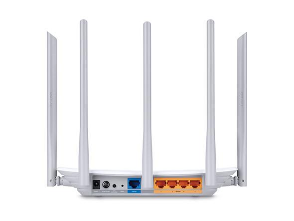 Быстрый Wi-Fi на частоте 2,4 ГГц (до 450 Мбит/с) и 5 ГГц (до 867 Мбит/с)Wi-Fi стандарта AC повышает производит