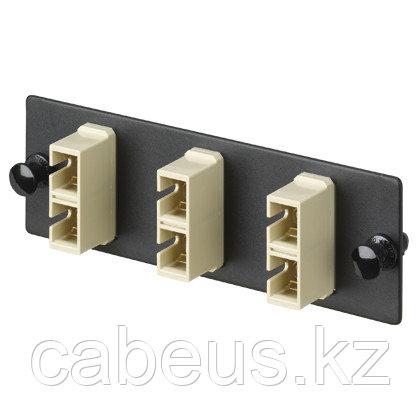PANDUIT FAP4WEIDSC Панель OPTICOM для 4 SC дуплексных многомодовых оптических адаптеров с муфтами из фосфористой бронзы (слоновая кость)