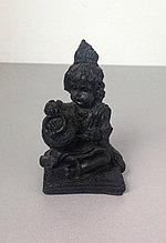Статуэтка Кришна с маслом, цвет черный