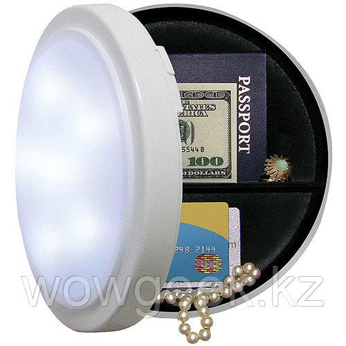 Светильник с тайником Closet Safe Light