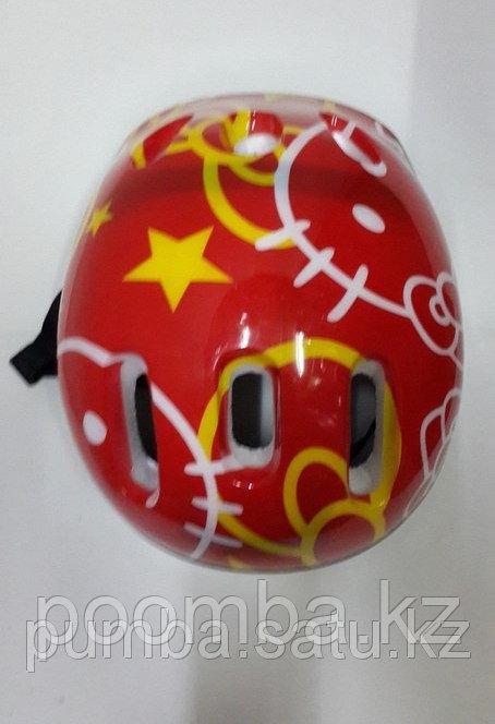 Защитная каска детская для катания на роликах красная