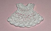 Вязаное платьице - белое