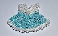 Вязаное платьице - голубое с белым