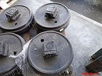387-50400100 Колесо направляющее Kato HD1023 III, Kato HD820