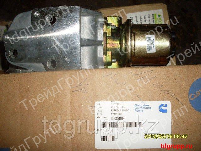 4935006 топливоподкачивающий насос